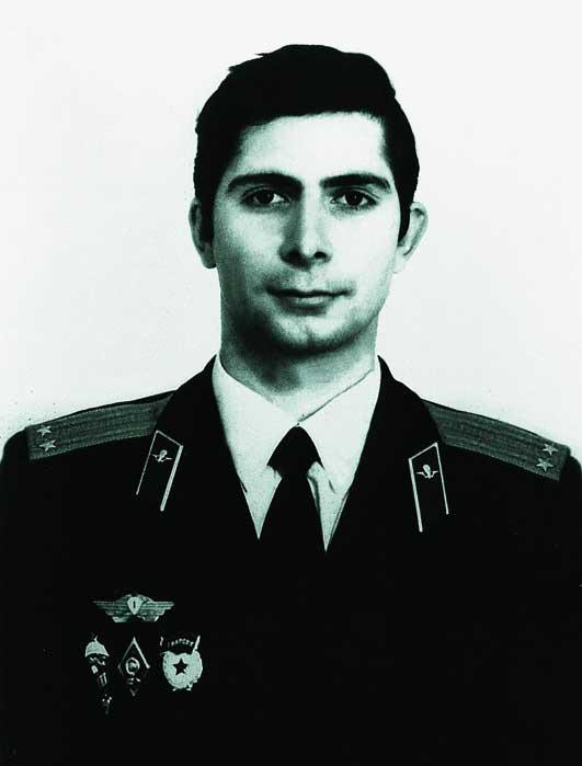 http://sdrvdv.ru/wp-content/uploads/2012/01/heroes_of_Russia_021.jpg