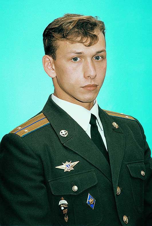 http://sdrvdv.ru/wp-content/uploads/2012/01/heroes_of_Russia_073.jpg