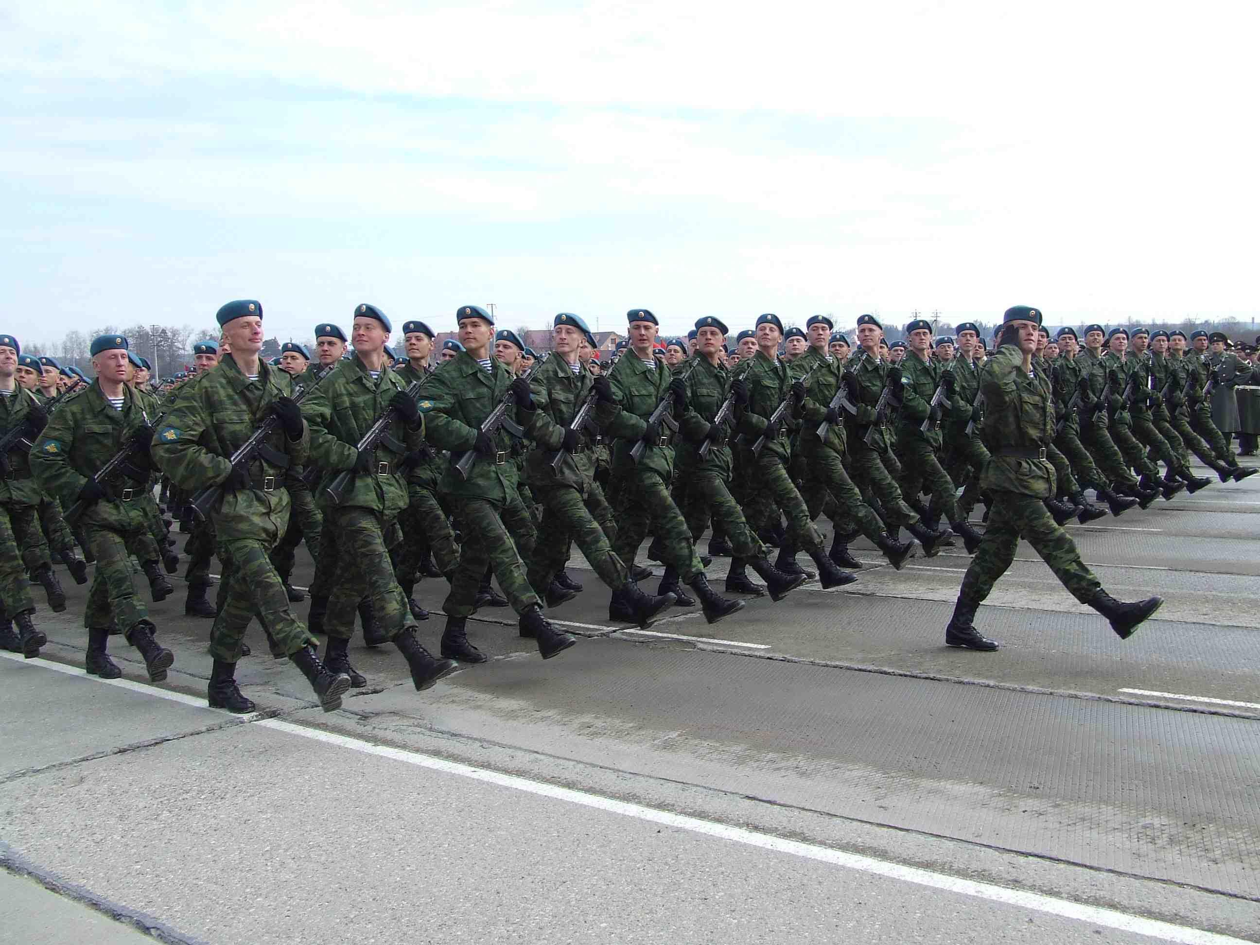 парад  десантников