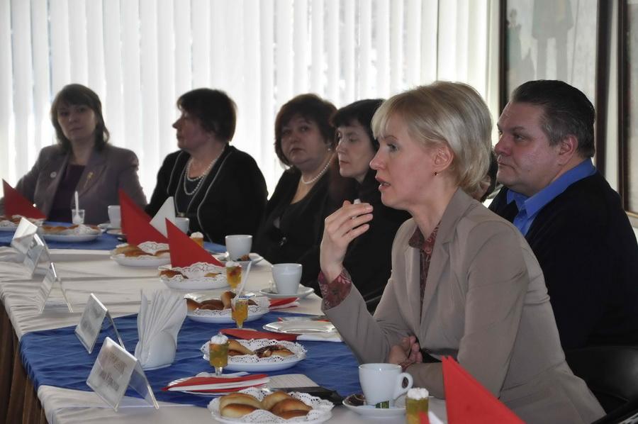 Встреча в преддверии Дня 8 марта с матерями солдат