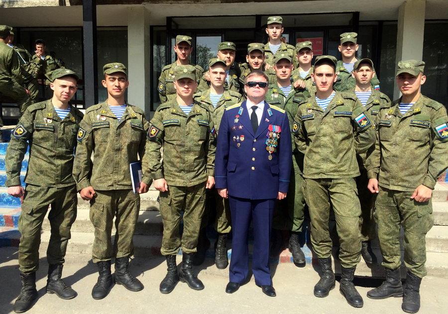 Встреча с воинами-десантниками 38-ой Гвардейского полка Воздушно-десантных войск