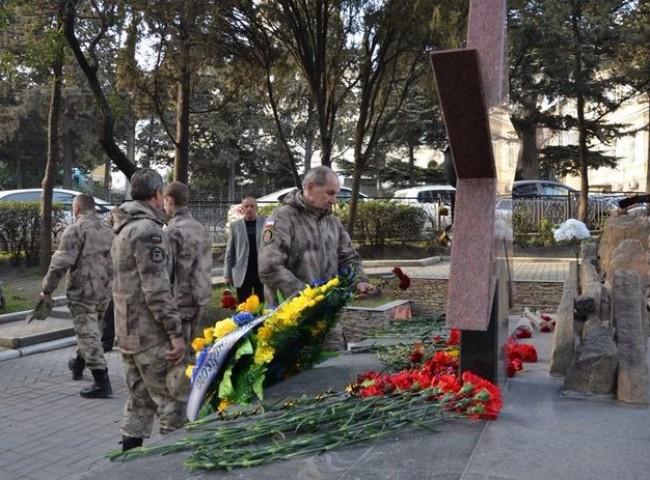 В Ялте почтили память десантников Псковской дивизии