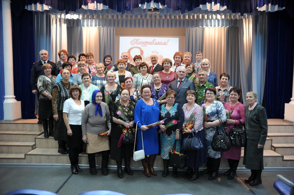 Праздничная встреча посвященная празднованию Международного женского дня 8 Марта