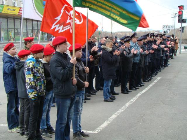 Благоустройство сквера около памятника «Сынам Карелии, погибшим в Чечне»