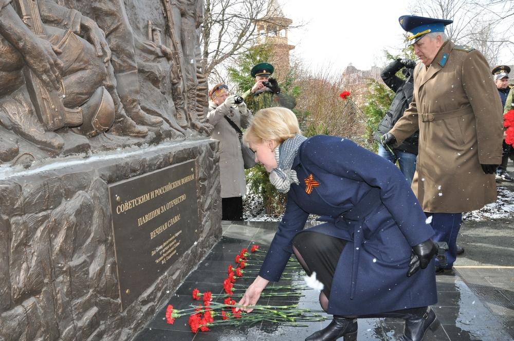 В столице Карелии открыли Памятный знак «Советским и Российским воинам, павшим за Отечество»