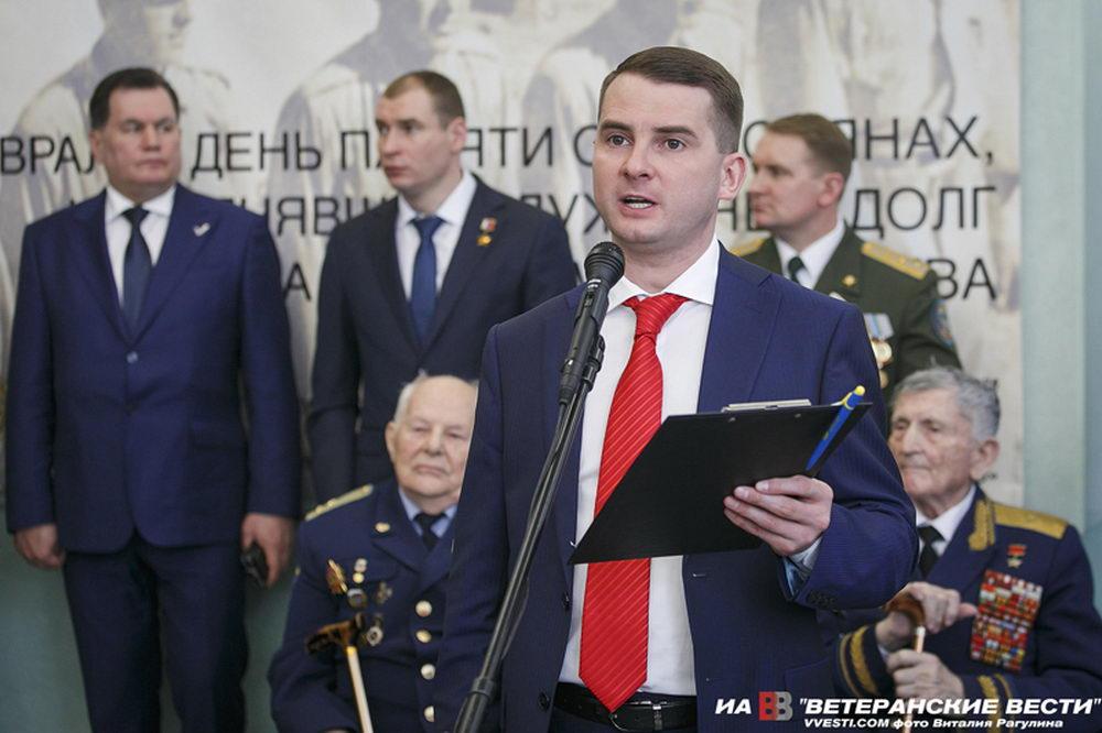 """Ярослав Нилов: """"Проявлять заботу и внимание - не только в праздники!"""""""