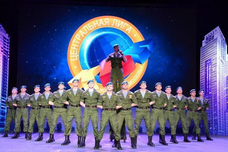 Команда «Умные люди» Рязанского училища ВДВ выиграла финал кубка КВН среди высших военно-учебных заведений Минобороны России и стран СНГ