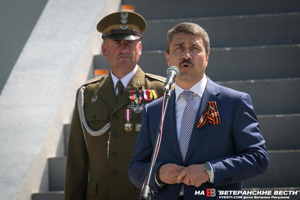 В Польше восстановлен мемориал советским воинам-освободителям