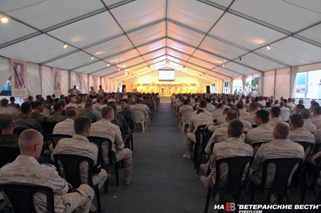 Творческий десант в Сирии - для военных и моряков