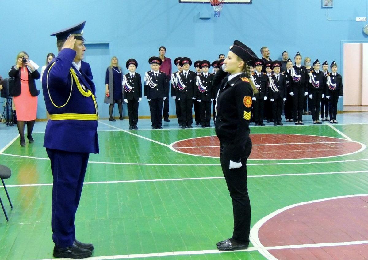 В Усинске проведен смотр-конкурс строя и песни среди кадетских классов
