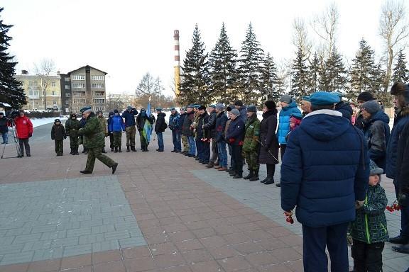 Митинг, посвященный пямяти десантникам 6 роты