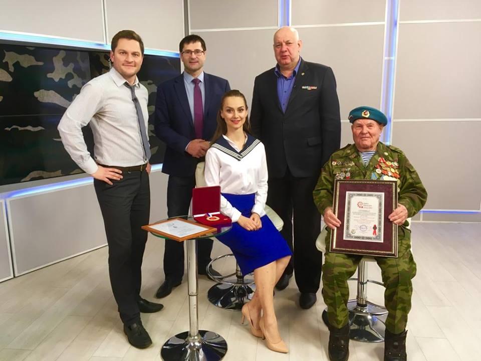 Рекорд - Старейший десантник России!