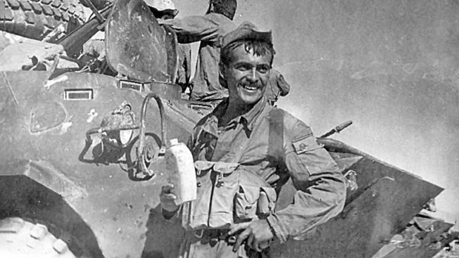 Валерий Юрьев в Афганистане.