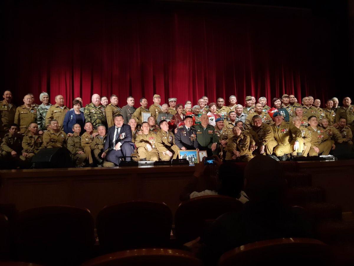 В Туве прошло торжественное собрание, посвященное 30-летию завершения выполнения 40-й армией боевых задач на территории Афганистана