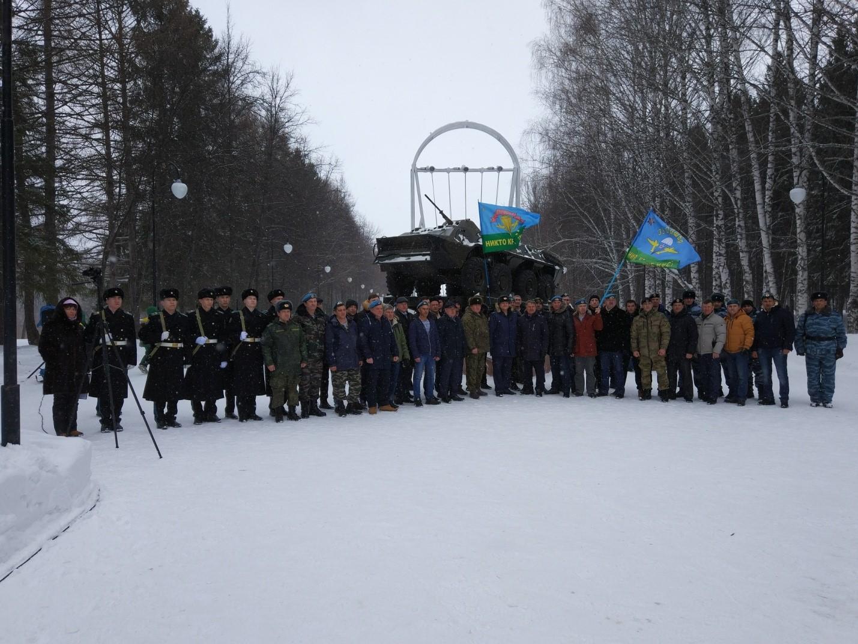 Десантники Башкортостана вспоминают боевых товарищей