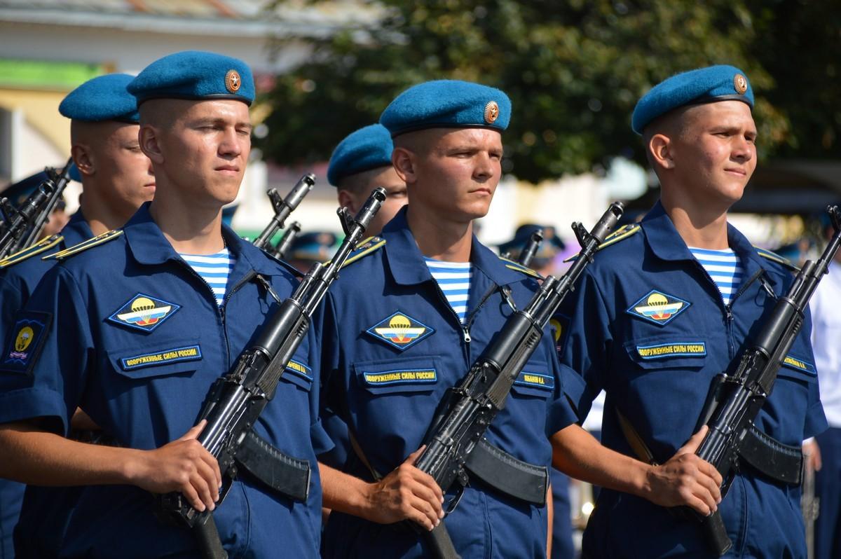 Официальная позиция «Союза десантников России» по смене погон у курсантов РГВВДУ