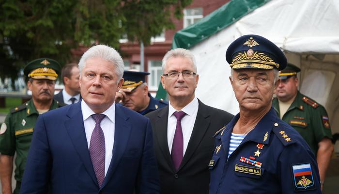 На закрытие «Гвардейца» в Пензу прибыл глава Союза десантников Востротин В.А.