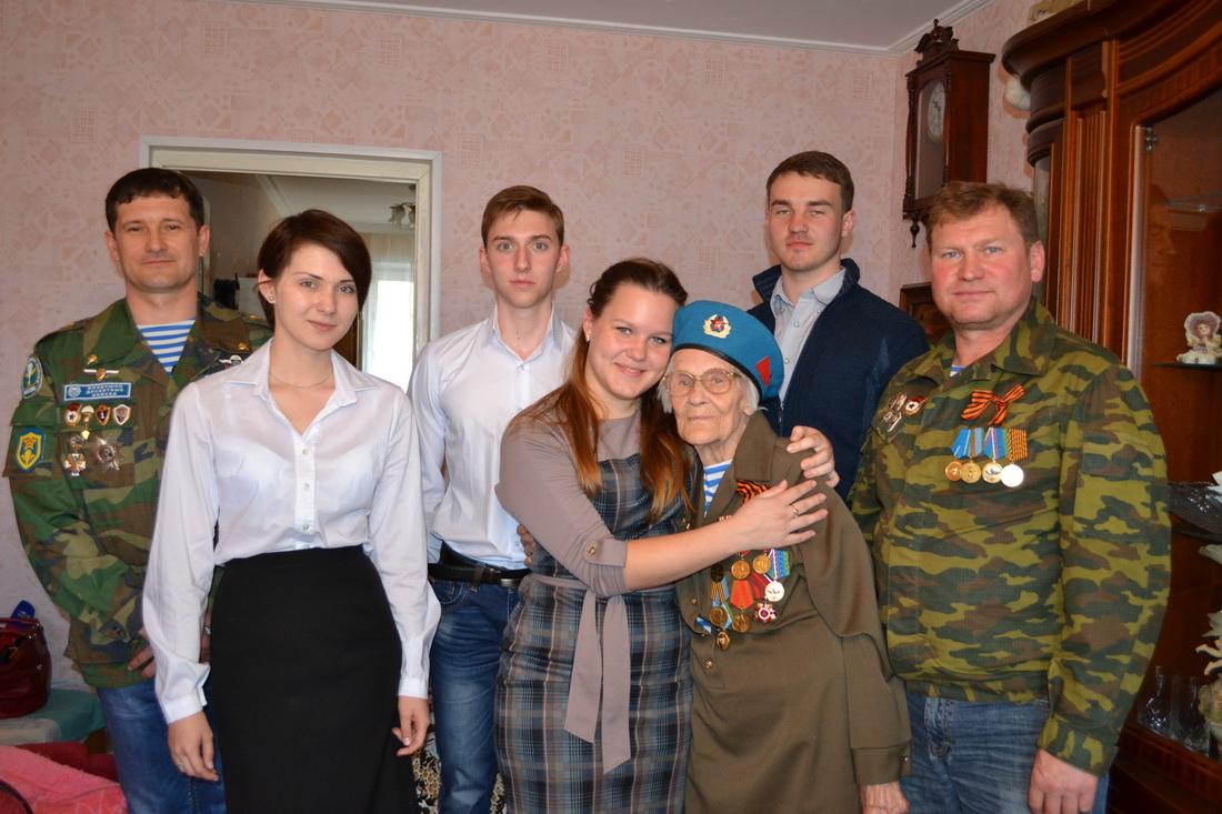 Светлой памяти Анны Арсеньевны…
