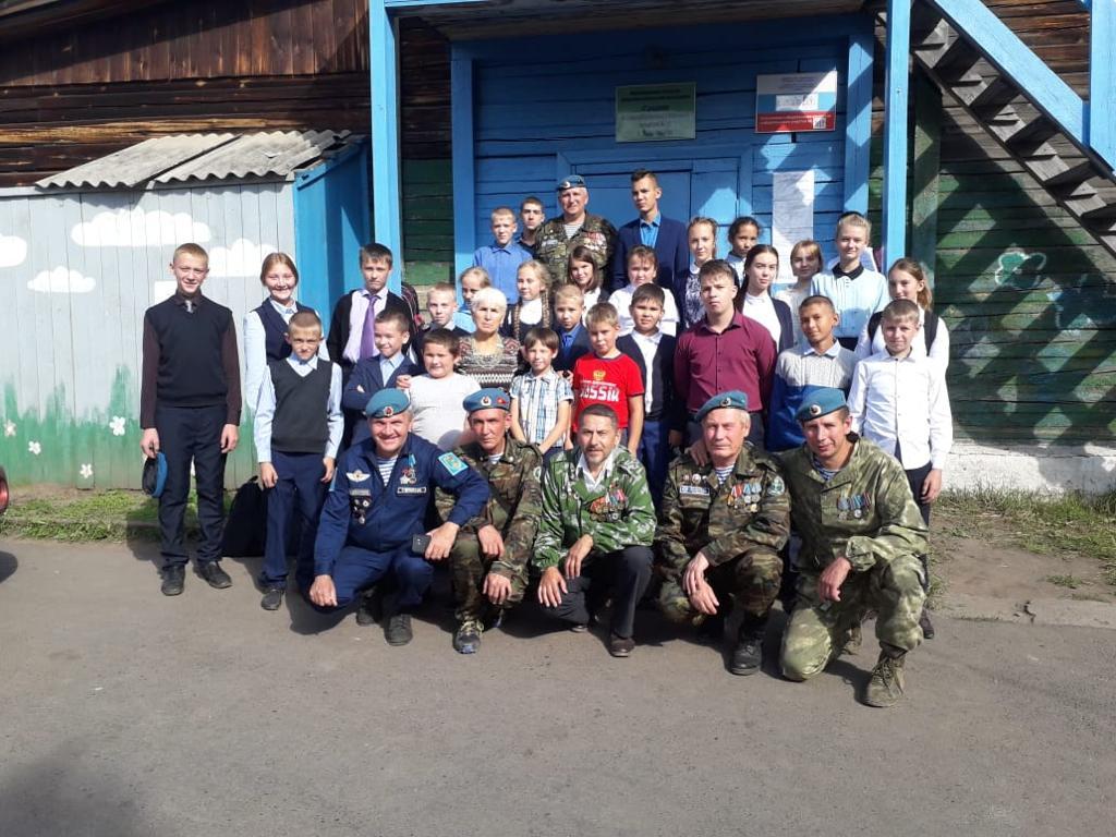 Наши ветераны были приглашены в г. Киренск на открытие памятника Аляска-Сибирь
