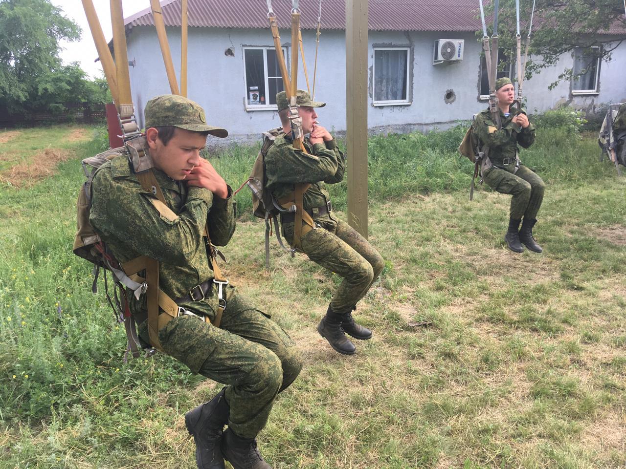 «В Таганроге подготовили молодое пополнение десантников»