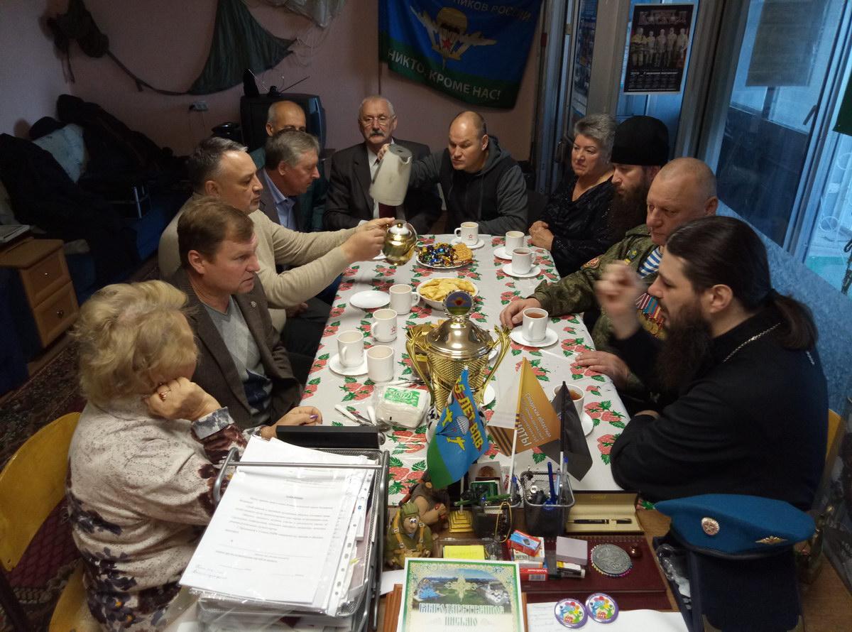 Епископ Нестор в гостях у Ветеранов ВДВ