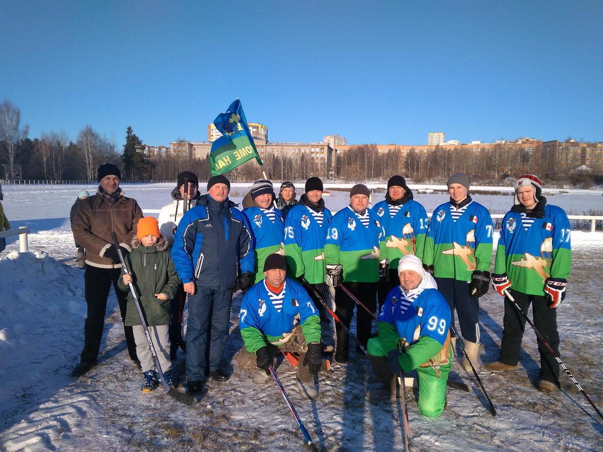 Команда «Союза десантников Удмуртии» постоянный участник хоккея на валенках