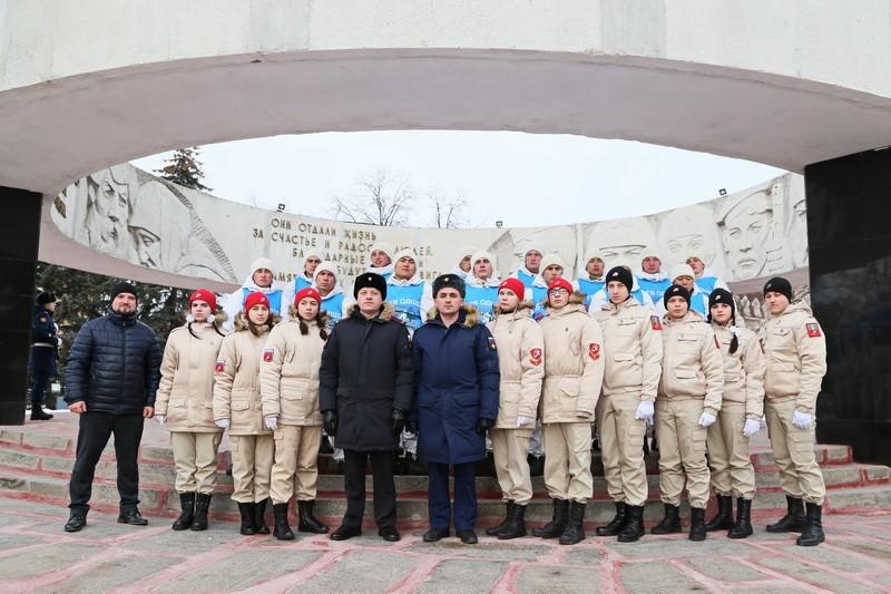 Тамбовчане встретили камышинских десантников митингом: дальше военные отправятся в Мичуринск и Первомайский