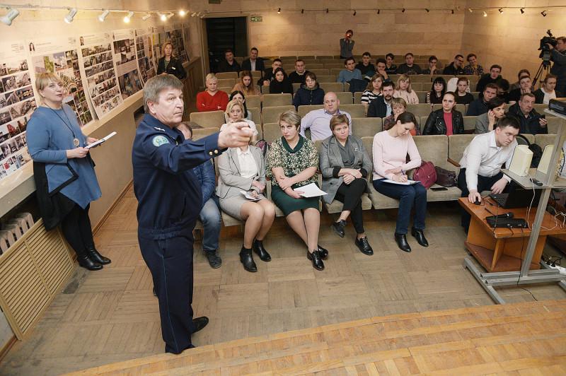 За ВДВ! Воронежцы согласились на вырубку деревьев в парке Победы