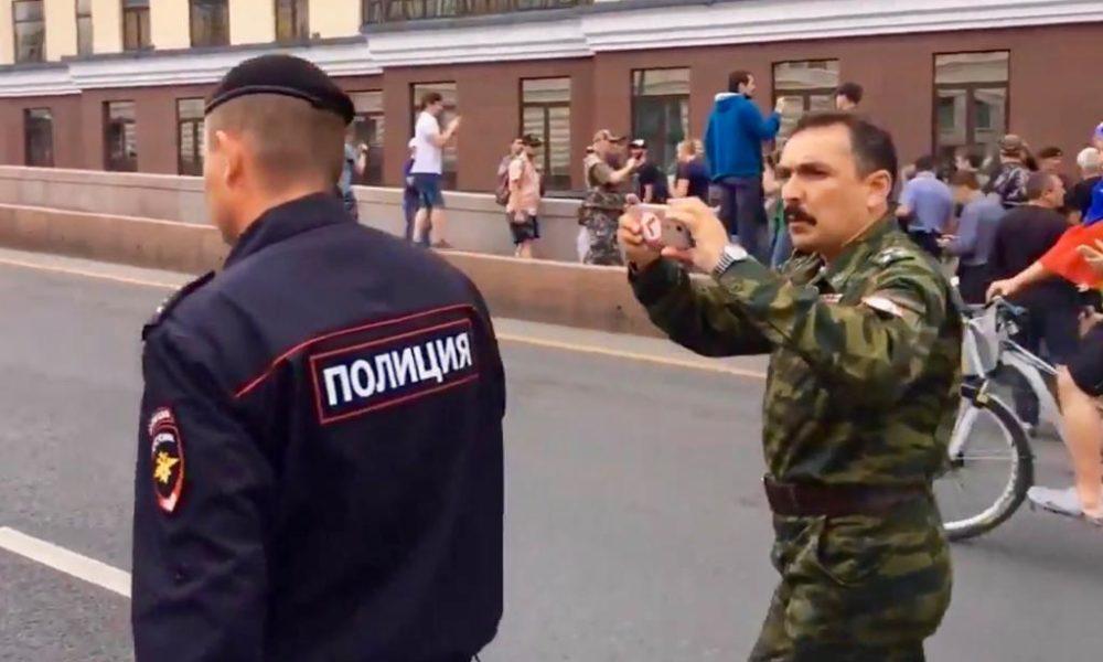 Экс-полковник Шендаков: бесславный путь от старшего офицера до безумного интернет-тролля