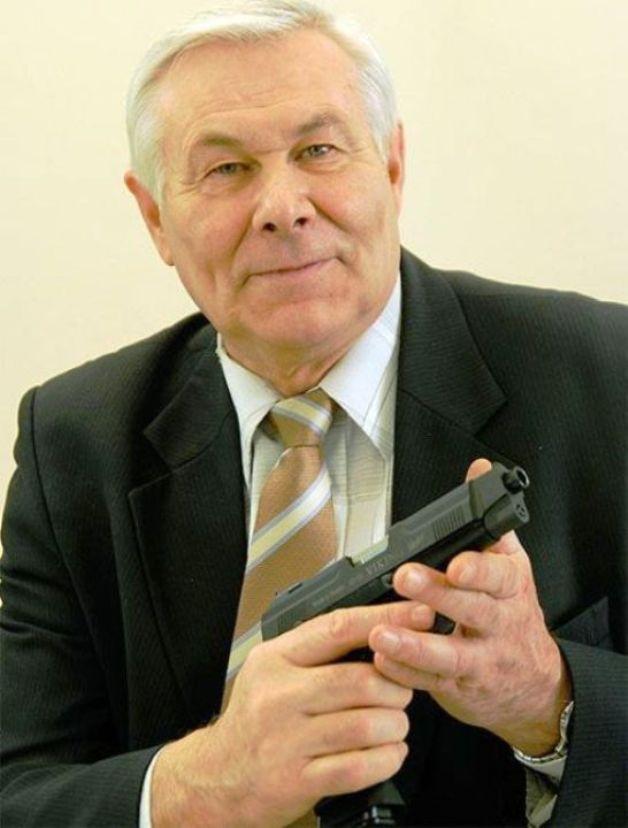 «Союз десантников Удмуртии» поздравляет легендарного оружейника Владимира Александровича Ярыгина с 70-летним юбилеем