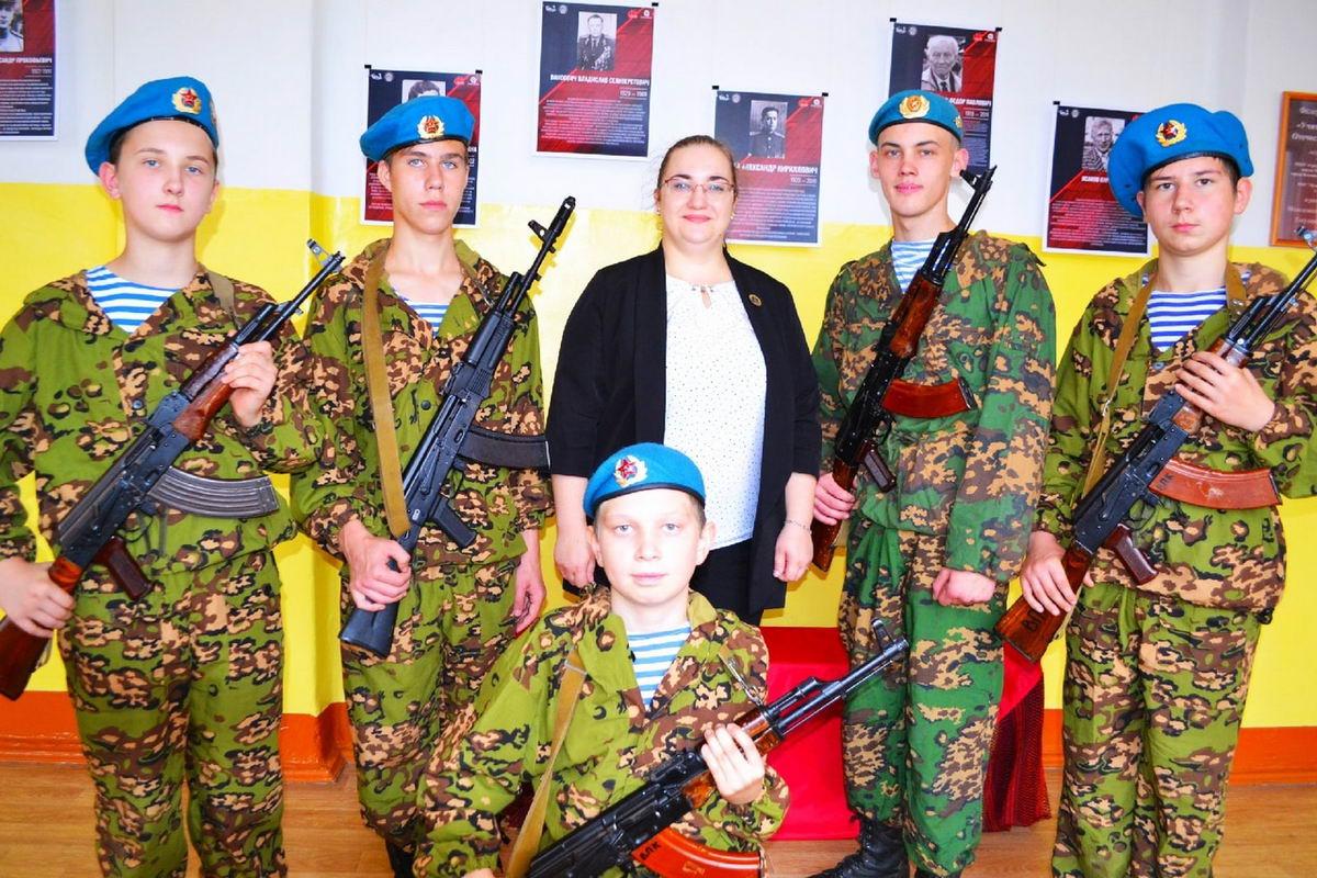 ВПК «Десантник» г. Воткинск «Союза десантников Удмуртии» приняли участие в фотовыставке «Учителя в Великой Отечественной войне»