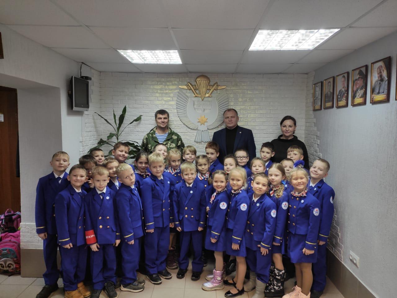 «Союз десантников Удмуртии» в канун дня рождения воздушно-десантного училища принимает желанных гостей