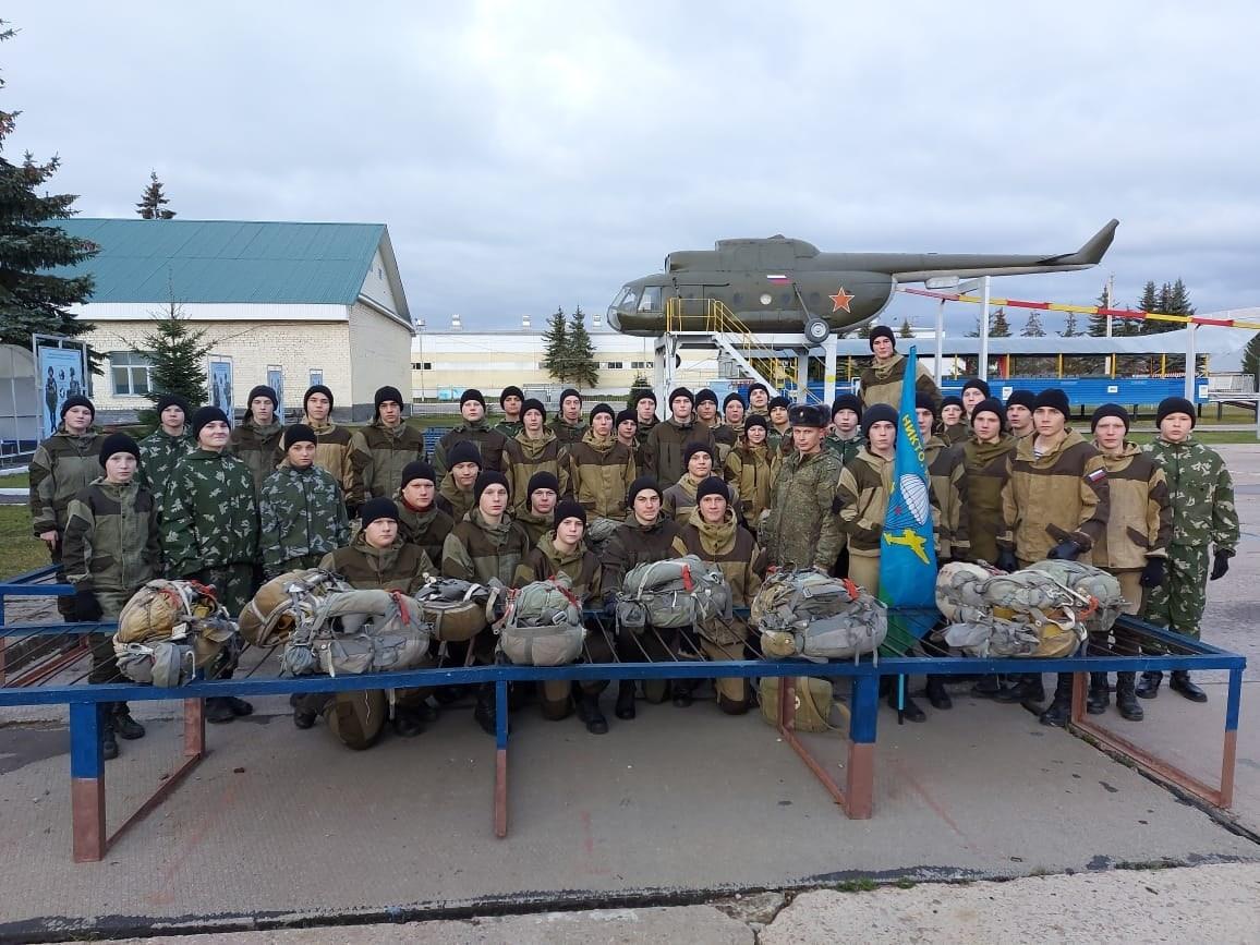 Воспитанники ВПО «СОВА» г.о. Химки, на осенних сборах допризывной молодежи 331- Гвардейский Десантный полк, город Кострома