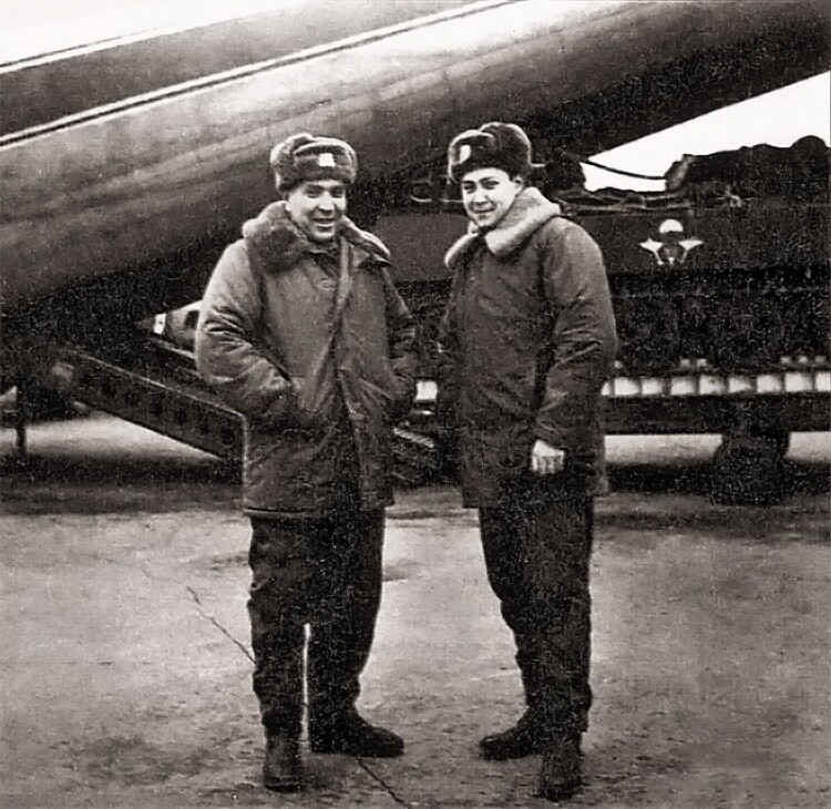 5 января 1973 года первое в мире десантирование БМД-1 с экипажем внутри машины
