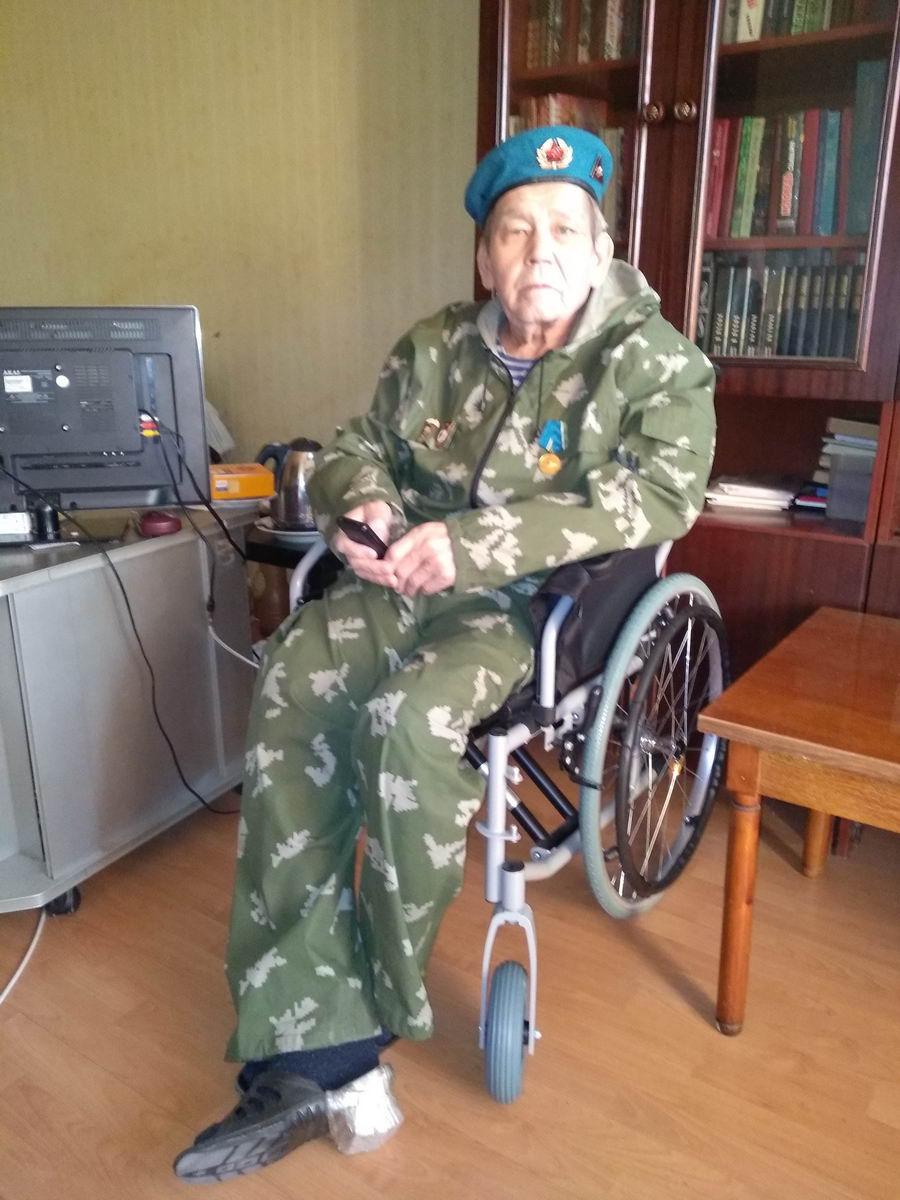 Передача инвалидной коляски ветерану ВДВ