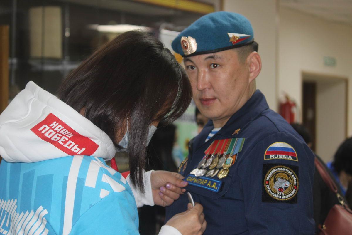 Председатель Союза десантников Республики Тыва Аяс Сарыглар вступил в Союз трезвых сил