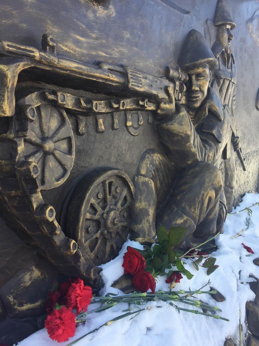 Десантники Удмуртии чтят память Героев земляков