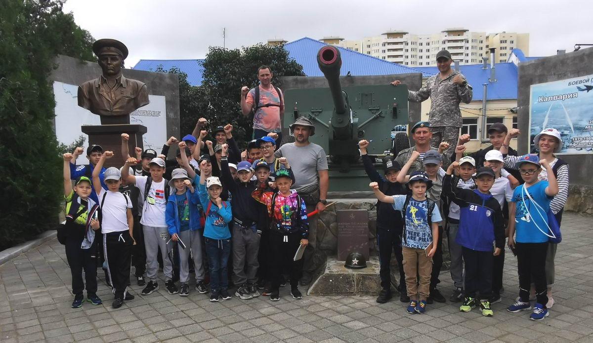 Воспитанники военно-Спортивного Центра «СПАРТА» десантного профиля на летних сборах