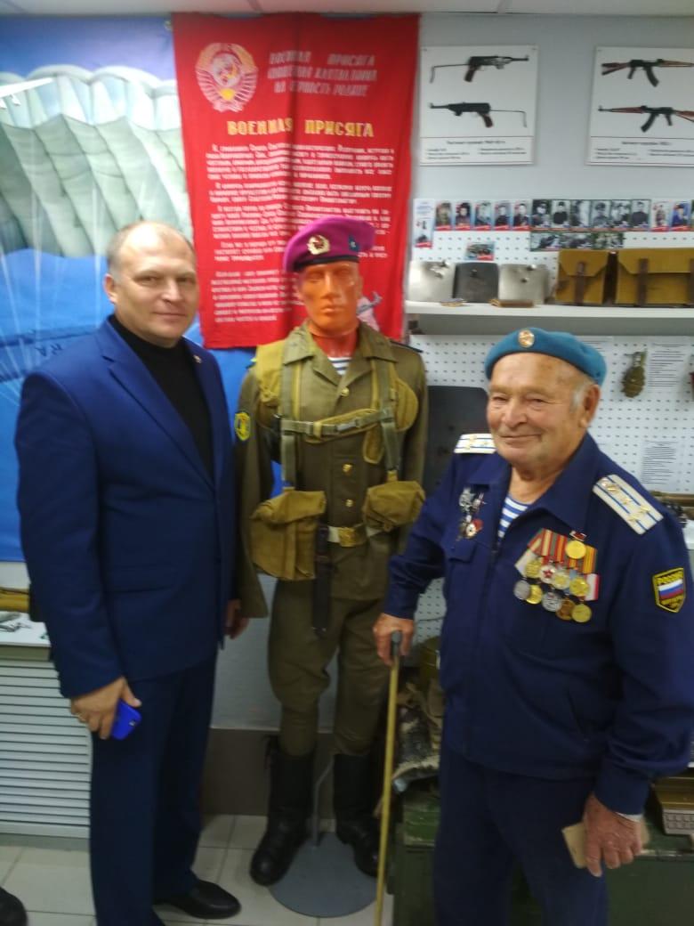 В гостях «Союза десантников Удмуртии» побывал очень уважаемый и всегда желанный гость - Владимир Григорьевич Иванычев